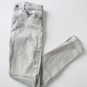 GAP | Light Gray Mid Rise Skinny Jeans